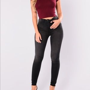 Fashion nova blk wash high waisted jeans